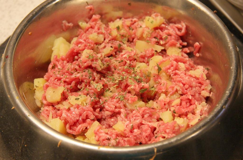 Rinderhack mit Kartoffeln